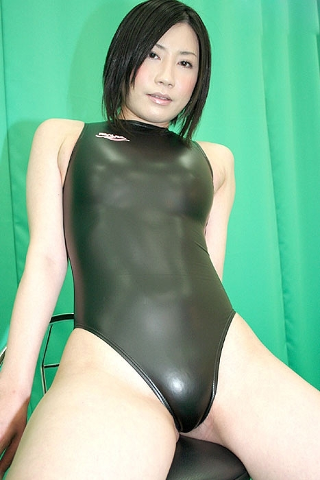 black-porn-swimsuits