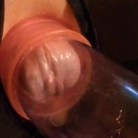 Close to pussy pumping