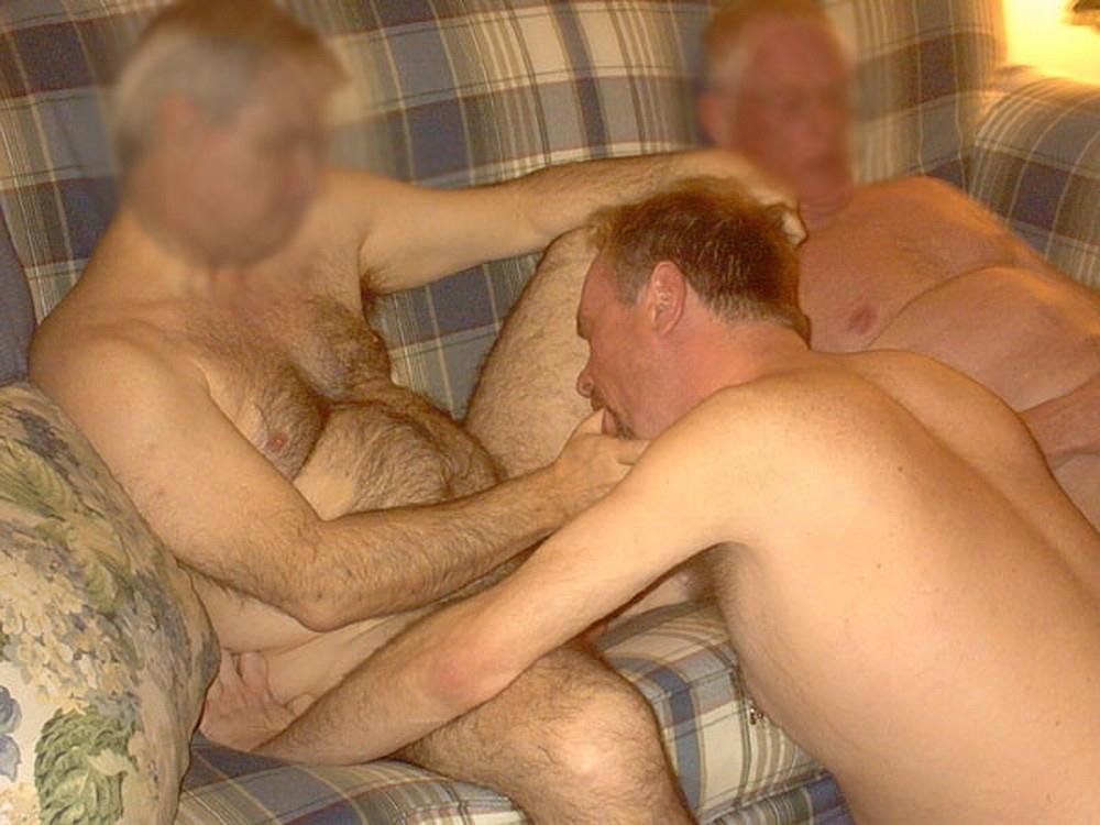 фото взрослые геи гей