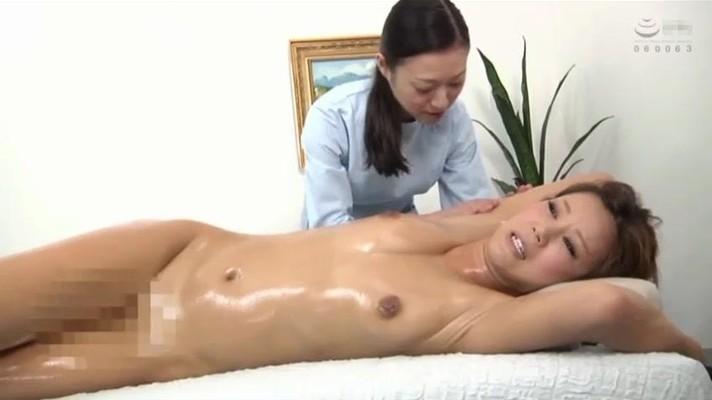 Japanese Mature Lesbians Aromatic Oil Massage Parlor